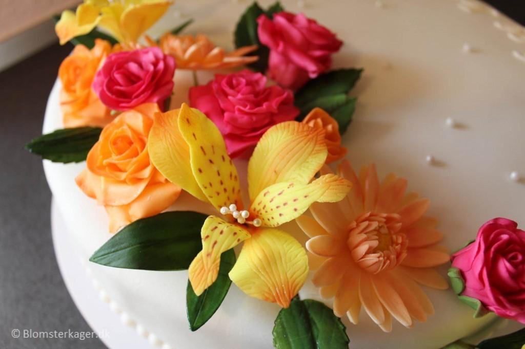 How To Make Fondant Alstroemerias For A Wedding Cake