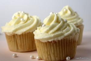Opskrift på klassiske vanilje cupcakes